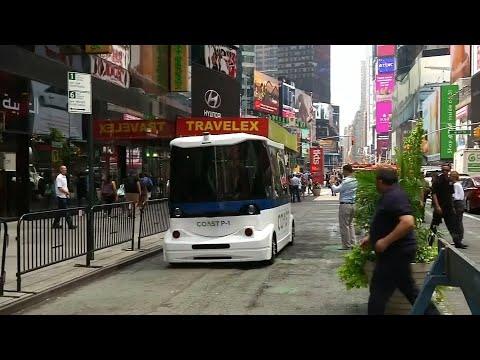 Neu: Selbstfahrender Bus am Times Square