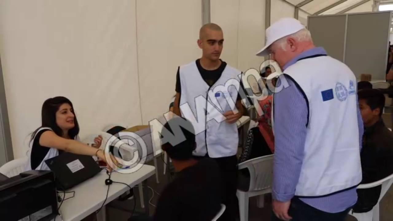 Ενημέρωση δημοσιογράφων για τη διαδικασία προκαταγραφής προσφύγων