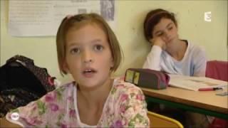 Depuis la rentrée 2016, une deuxième école propose l'enseignement occitan-français à parité horaire à ses élèves à Moissac. Les enfants peuvent apprendre ...