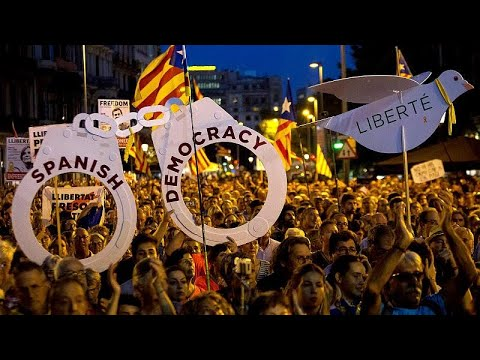 Barcelona: Tausende Katalanen demonstrieren für Freilassung von Separatisten