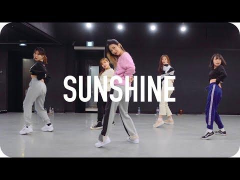 Sunshine - Hoody ft. Crush / Beginner's class - Thời lượng: 2 phút, 20 giây.