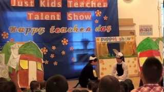 Vở kịch: Bác Gấu Đen và hai chú Thỏ
