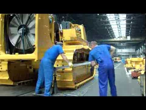 Como se construye un Tractor de Orugas (How is built a bulldozer)