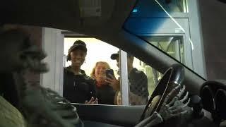 Video Drive Thru Skeleton Driver Prank MP3, 3GP, MP4, WEBM, AVI, FLV September 2017