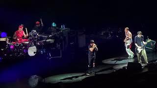 Download Lagu Red Hot Chili Peppers Mexico 2017 - Dark Necessities @Palacio de los Deportes Mp3