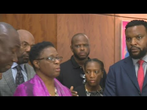 RAW VIDEO: Mother of Botham Jean demands justice