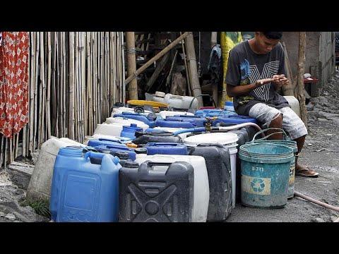 Φιλιππίνες: Νερό με.. δελτίο