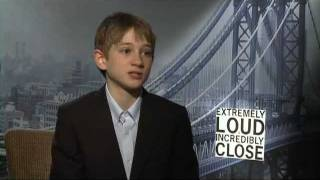 Nonton Thomas Horn S Official Wb Interview For  Extremely Loud   Incredibly Close  On Celebs Com Film Subtitle Indonesia Streaming Movie Download