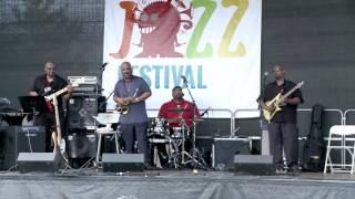 Walter Beasley   Grover Washington, Jr  Tribute Video