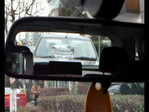 Weitwinkel Linse. - MĂREŞTE VIZIBILITATEA CU LENTILA FRESNEL!!! Acest accesoriu oferă posibilitatea de a avea în câmpul vizual al oglinzii retrovizoare, în cadrul lunetei (geamu...