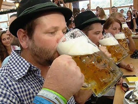 Munich - The Munich Oktoberfest, one of Germany's favourite and most famous festivals, got under way in the capital of Bavaria on Saturday. (Sept. 20) Subscribe for more Breaking News: http://smarturl.it/A...