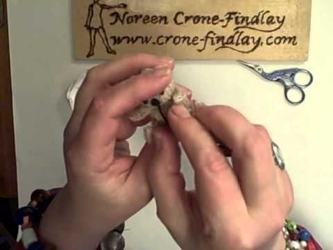 How To Embroider A Teddy Bear Face By Noreen Crone-Findlay (c).avi