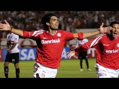 gol na final libertadores - http://www.MidiaGols.com.br - Veja o gol de Fernandão na final da Libertadores de 2006, com narração de Pedro Ernesto Denardin, da Rádio Gaúcha.