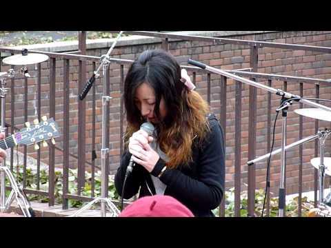 Japanese Amateur Rockers in Nagoya Central Park #1 11-22-2009 (видео)