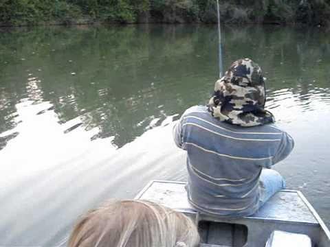Pescaria de Cachorra no rio Kuluene