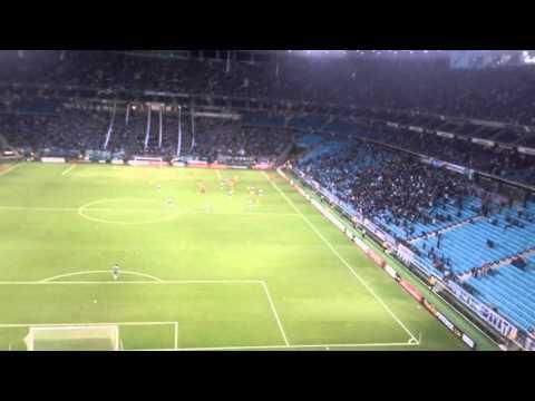 """""""Con esta hinchada loca haciendo descontrol"""" - En Porto Alegre 2016. - Los Guerreros - Rosario Central"""