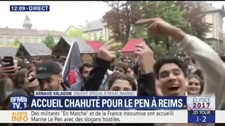 Video Accueil chahuté pour Marine Le Pen lors d'une visite à la cathédrale de Reims MP3, 3GP, MP4, WEBM, AVI, FLV Mei 2017