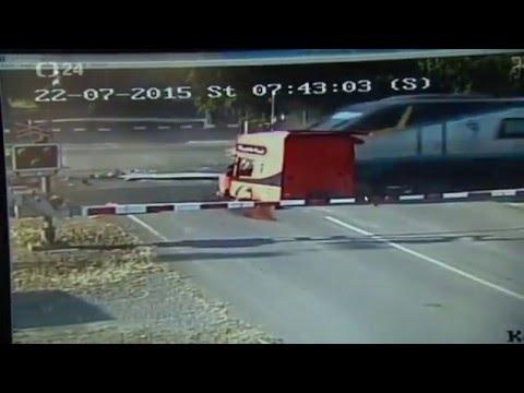 Truck Crash  with  Train  2016