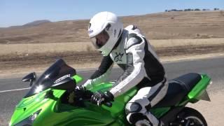 11. Kawasaki ZX14R Test