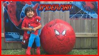 GIANT EGG SURPRISE OPENING SPIDERMAN  superhero toys