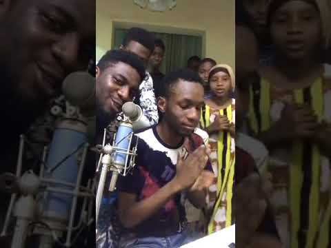 Dj Ab, feeziey, Geeboy and the family live music video. performance