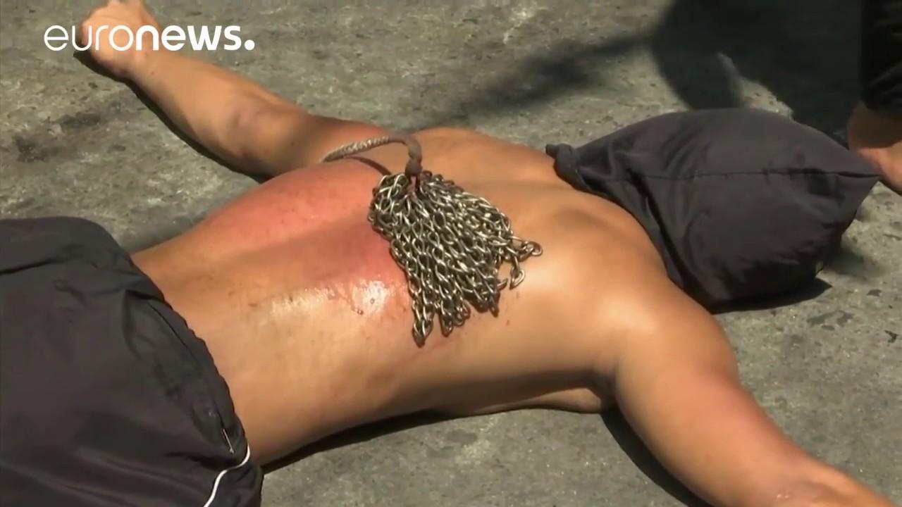 Η «ματωμένη» Μεγάλη Πέμπτη στις Φιλιππίνες
