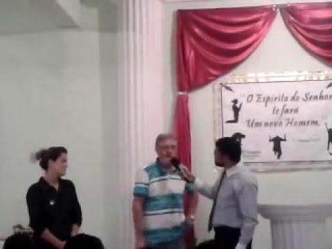 HOMEM E  curado de  câncer na igreja da bíblia em pedro Leopoldo.