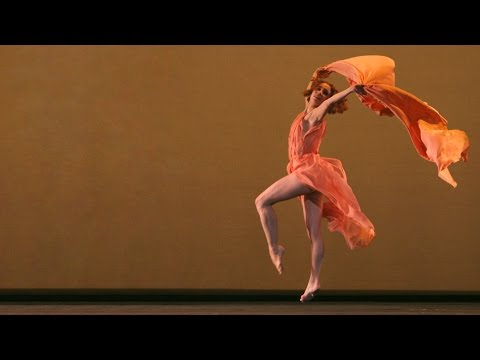 Tamara Rojo in Five Brahms Waltzes in the Manner of Isadora Duncan (The Royal Ballet)