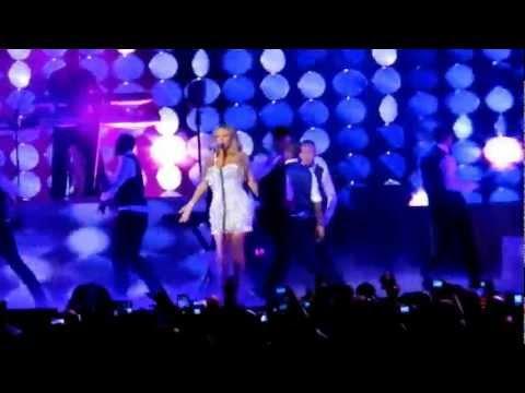 Mariah Carey, Live in Melbourne, Australia, Etihad Stadium. (6/01/2013)