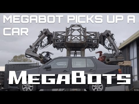 Massive MegaBot Now has an Awesome Pair of Arms Capable of Lifting a Car