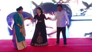 Nonton Bride dance for mom dad #wedding #sangeet #dance #emotional #momdad #specialperformance #parents Film Subtitle Indonesia Streaming Movie Download