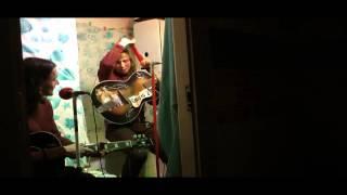 Video The Colleas  - Koupelnový akustický koncert - 3 část