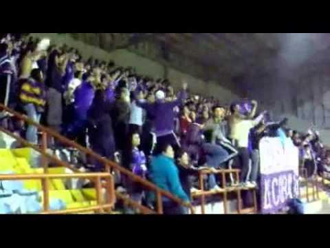 LOS LILAS: levantando a los Leones contra naval.wmv - Los Lilas - Club Deportes Concepción