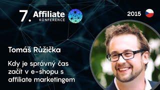Foto z akcie Affiliate konference prednáša Tomáš Růžička.