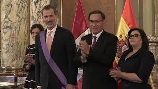 Almuerzo de los Reyes con el presidente peruano, Martín Vizcarra y su esposa
