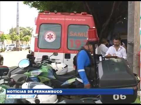 [BRASIL URGENTE PE] Ambulância que conduzia mulher infartada se envolve em colisão no Recife
