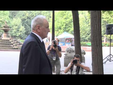 Președintele Nicolae Timofti a participat la o acțiune de comemorare a poetului Mihai Eminescu