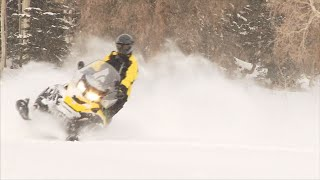 1. Ski Doo Skandic Review