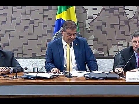 CRE aprova embaixadores para França e Portugal