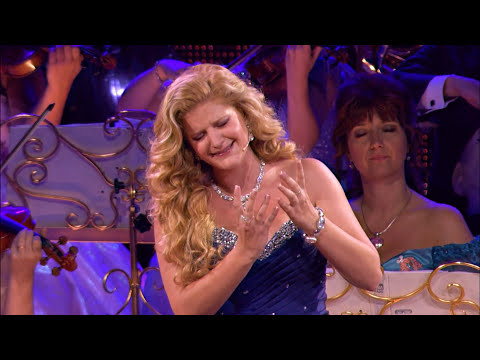 memory - André Rieu & Mirusia performing Memory live in Maastricht. Taken from the DVD André Rieu Live in Maastricht 4, A Midsummer Night's Dream. For concert dates a...