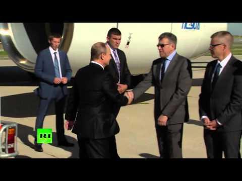 Владимир Путин прибыл в Париж на встречу «нормандской четверки».2.10.2015. (видео)
