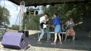 Video Penzistor  - Feromony ( live Kamínka 8.8.2015)