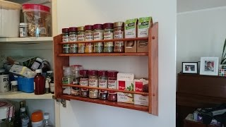 A simple spice rack to help organise the pantry and make some space by mounting it to the door. Subscribe to my channel:https://www.youtube.com/lastminutethoughtsFollow me on Facebook: https://www.facebook.com/theoffcutFollow me on Instagram:https://www.instagram.com/theoffcut_nz