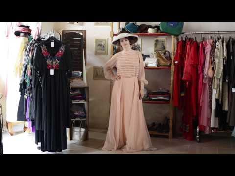 La boutique Pôle Décors location costumes et déguisements