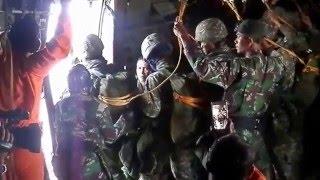Video detik detik menegangkan terjun payung static prajurit LINUD TNI-AD MP3, 3GP, MP4, WEBM, AVI, FLV Desember 2017