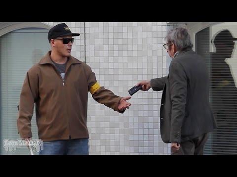 Würdest Du einem Blinden das Portemonnaie klauen? (Experiment)