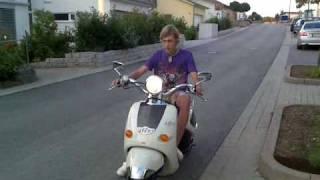 5. Aprilia mojito custom 50cc.