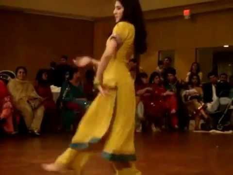 mehndi dance -