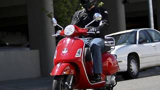 2. 2008 Vespa GTS 250ie Scooter Review