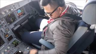 Download Video Airbus A330 Jeddah to Jakarta MP3 3GP MP4